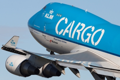 cargo-airplane2